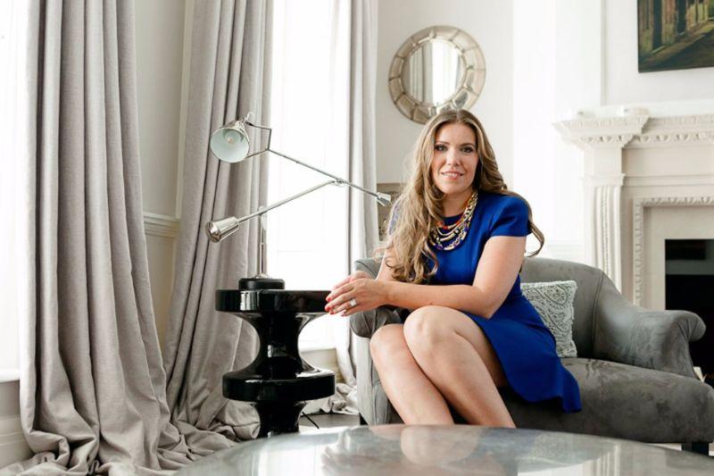Fiona Barratt - Spectacular Upholstery Ideas for Living Rooms